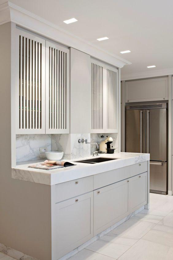 Modern Shaker and flat panel kitchen