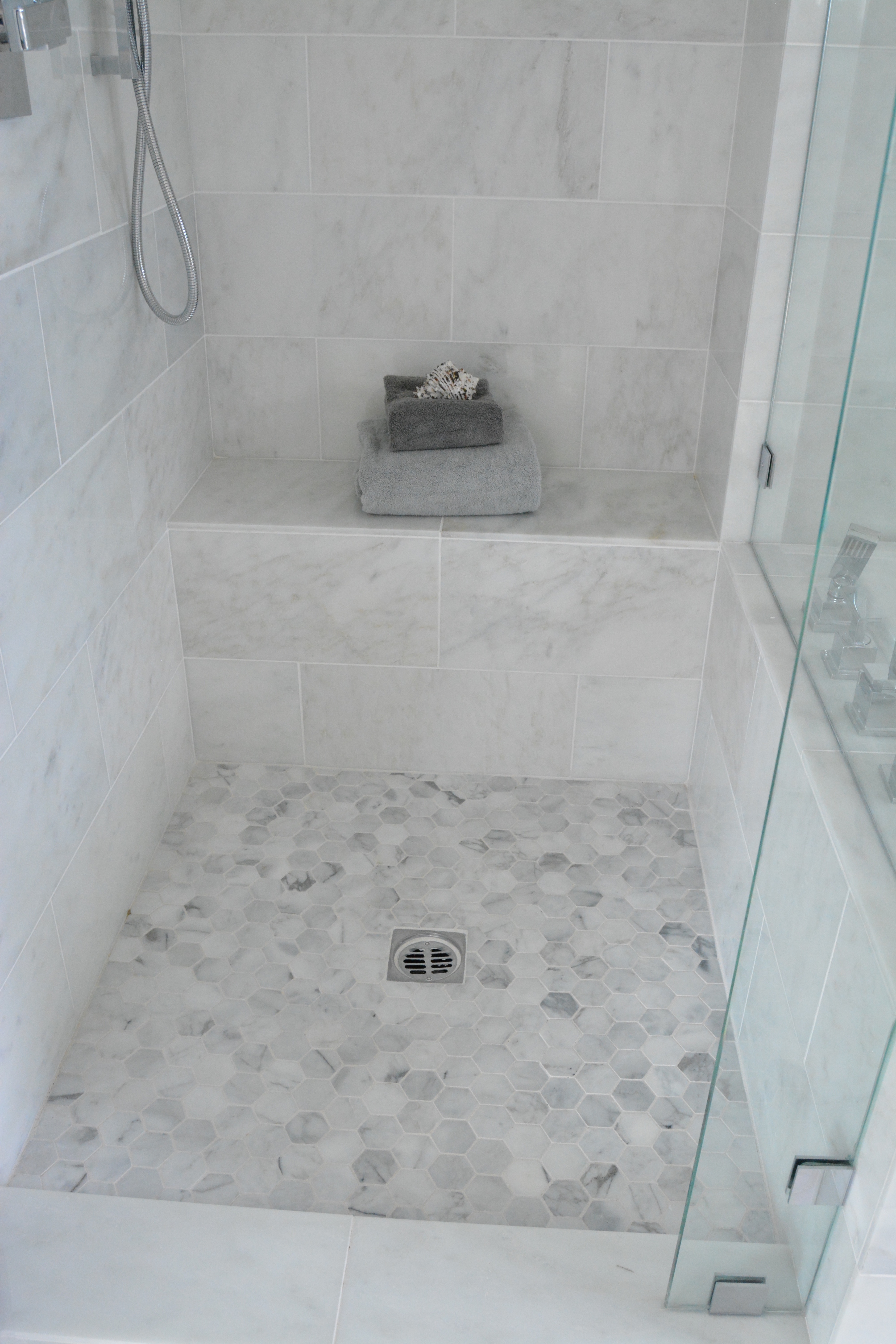 Marble hexagon shower floor