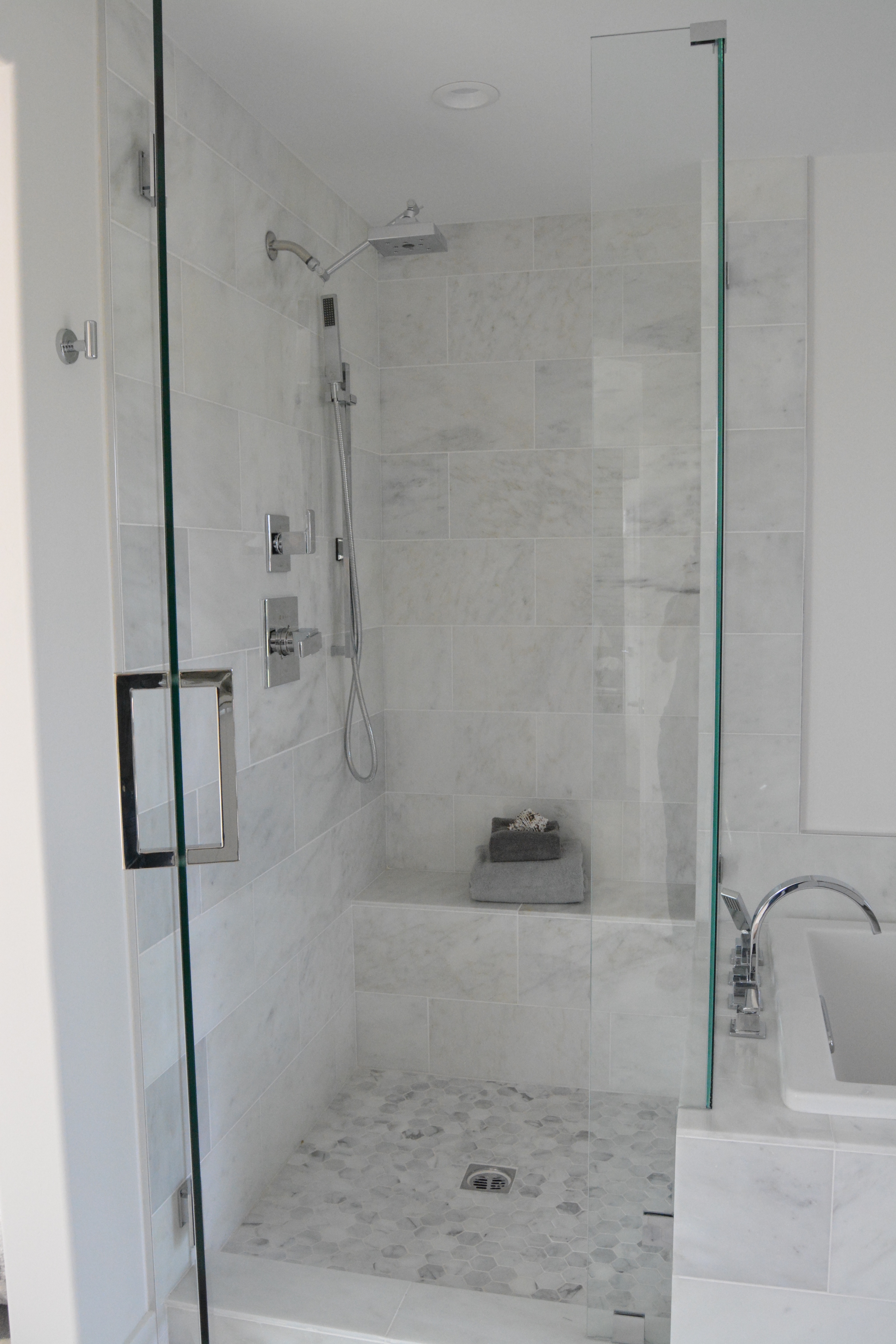Modern Marble shower hex floor
